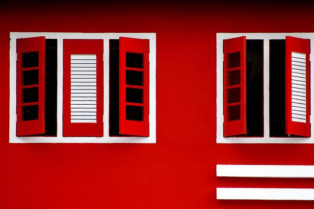 Fenêtres rouges