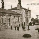 Cour de l'école publique
